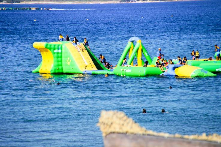 activity on sea near campsite Castor